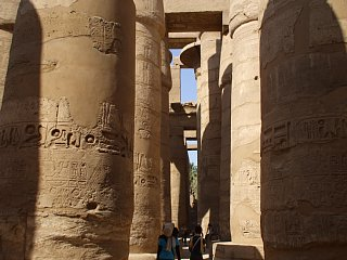 カルナック神殿。大列柱室