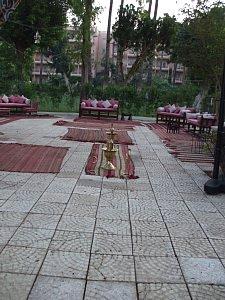 ホテル中庭にあったシーシャ喫煙所