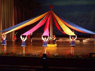 万景台学生少年宮殿のショーの一幕