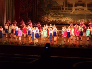 万景台学生少年宮殿のショー終盤