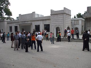 DMZゲート前の検問所