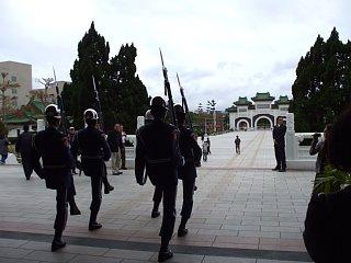 忠烈祠、衛兵の行進