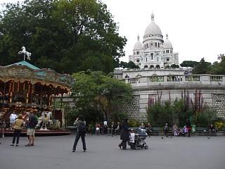 モンマルトル、サン・ピエール広場