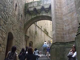 修道院入口付近の大階段