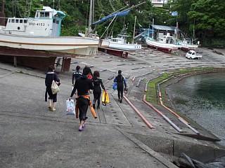 富戸漁港。ヨコバマでのダイビング終了。お疲れ様でした