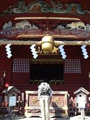 御岳山頂にある武蔵御嶽神社。拝殿