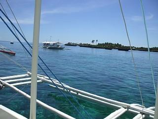 オランゴ島沖