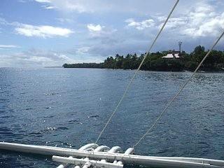 カビラオ島沖でディープダイビング