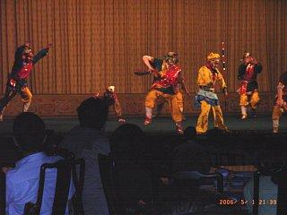 京劇、孫悟空と妖怪たち